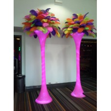 LIGHTED FLOOR STANDING TOWER WITH FEATHERS